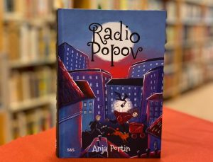 Radio Popov -kirjan kuva.